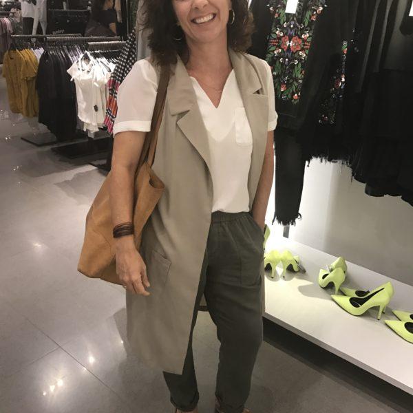 Lesli_shopping_long_vest