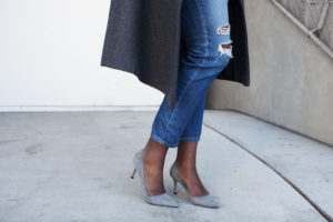 suede-grey-pumps-manolos