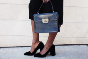 vintage-box-bag-and-velvet-shoes