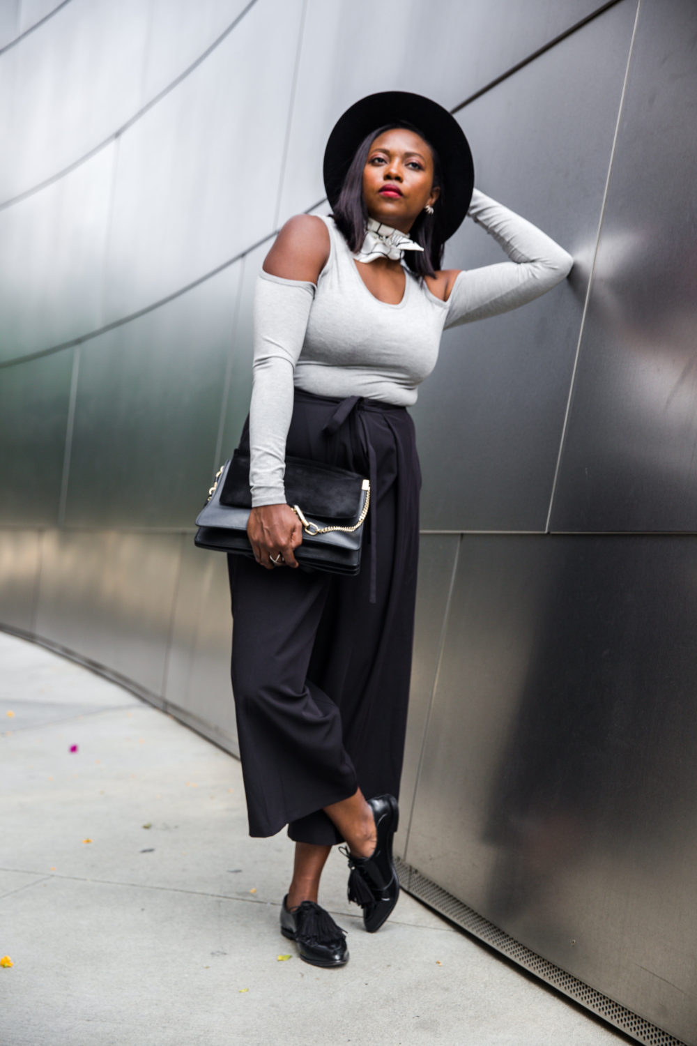 how_to_wear_a_bodysuit_trousers_stylist_melissa_Chataigne