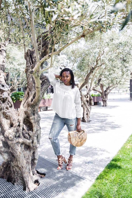 white_blouse_current_elliot_jeans_cultgaia_bag_rebecca_taylor_white_blouse_Stylist_melissa_chataigne